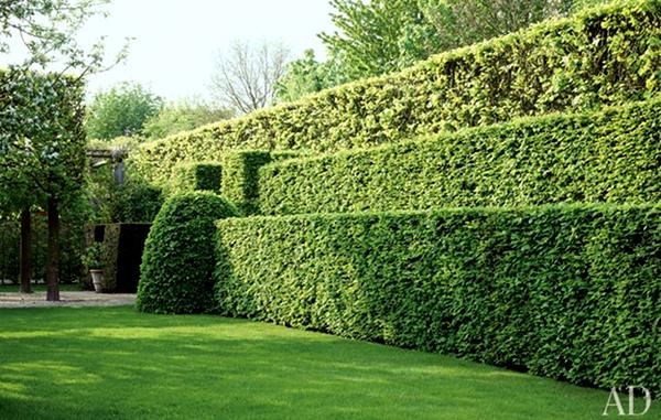 Private gardenimage: Jean-Pierre Gabriel, Architectural Digest