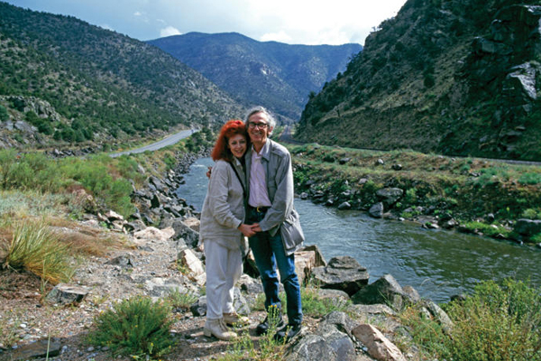 Christo and Jeanne-Claude at the Arkansas River, Colorado, June/July  image: Wolfgang Volz