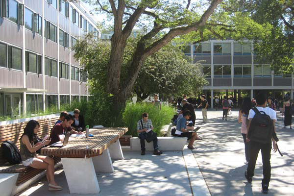 Buchanan Courtyard furnishings image: Dean Gregory