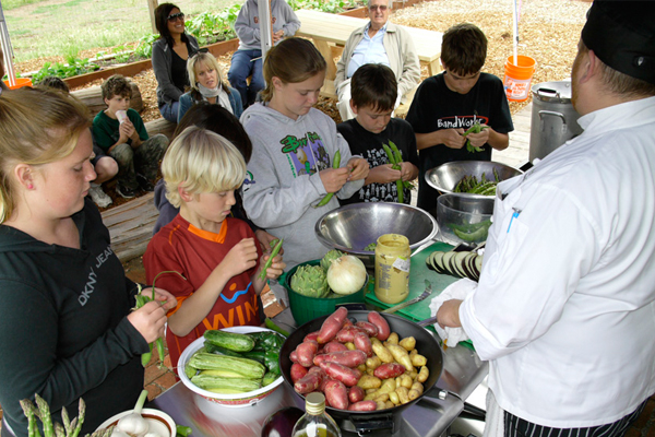 The Miller Creek Edible Garden & Outdoor Kitchen in San Rafael, CA image: April Philips