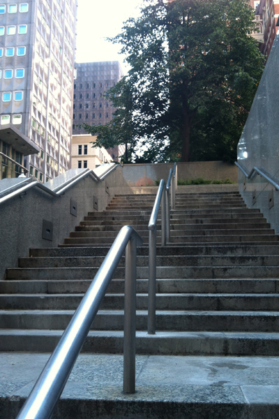 Granite staircase leading up to Mellon Square, July 2013. image: Caeli M. Tolar
