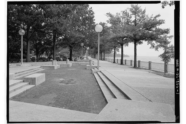 Southwest Waterfront, HABS DC-856, Washington, DC image: Library of Congress, Historic American Buildings Survey/Historic American Engineering Record/Historic American Landscapes Survey Collection