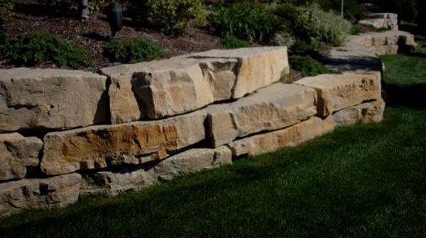 image chris miracle oversized outcropping makes a dramatic statement in the built environment image chris miracle