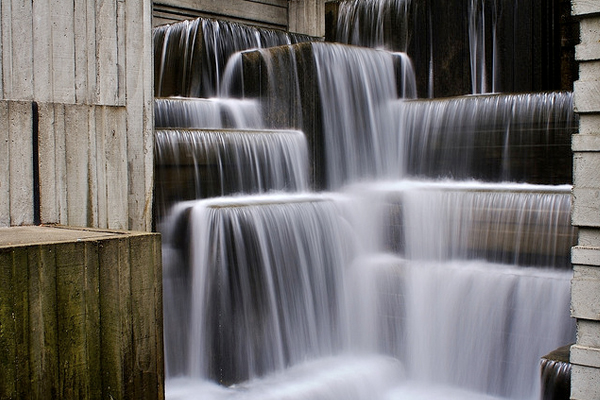 Seattle's Freeway Park image: Ryan Forsythe via Flickr