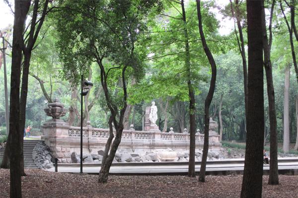 Chapultepec Park monument image: Erik Mustonen