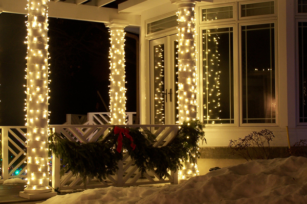 Lighted gazebo image: Reinders, Inc.