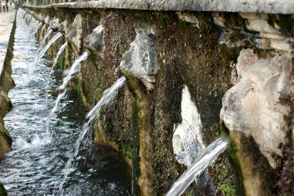 The Hundred Fountains at Villa d'Este, Tivoli image: Alexandra Hay