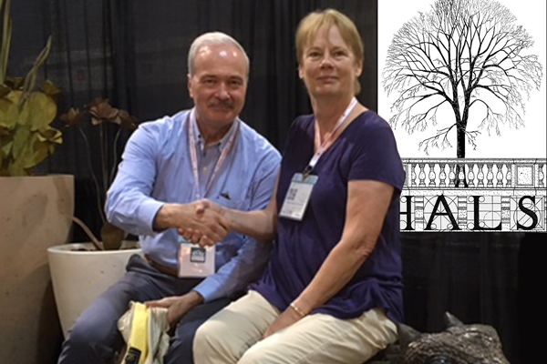 Paul Dolinsky, Chief of HALS, congratulates Helen Erickson, part of the Empire Ranch HALS AZ-19 team, for their 1st Place HALS Challenge entry at the 2016 ASLA Annual Meeting and EXPO. image: Chris Stevens