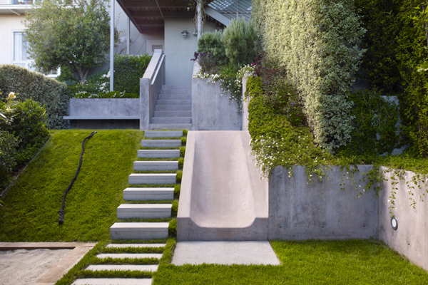 Urban Play Garden, San Francisco, CA, 2010 Professional ASLA Honor Award, Residential Design Category image: Marion Brenner Photography